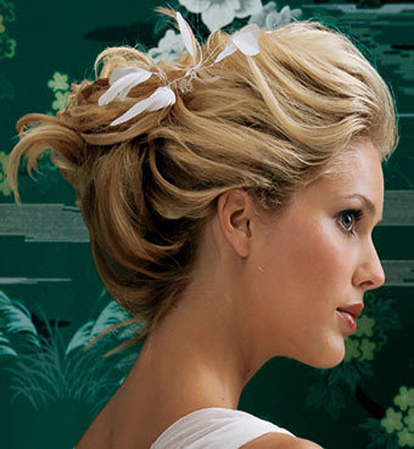 Best Beach Wedding Hairstyles 2012 4