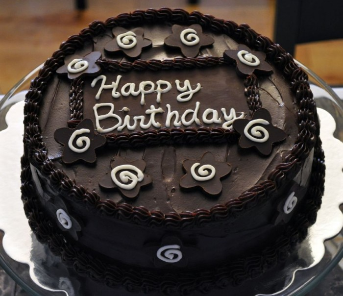 birthday-chocolate-cake 60 Mouth-Watering & Stunning Happy Birthday Cakes for You
