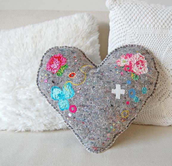 blanket42 10 Stunning & Fascinating Homemade Xmas Gifts