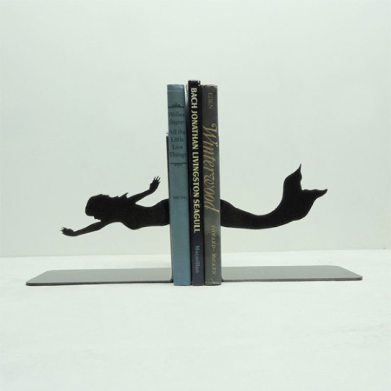 bookends12 15 Fascinating & Unusual Christmas Presents