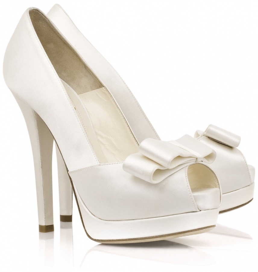 bridal-wedding-shoes-24w2huh A Breathtaking Collection of White Bridal Shoes for Your Wedding Day