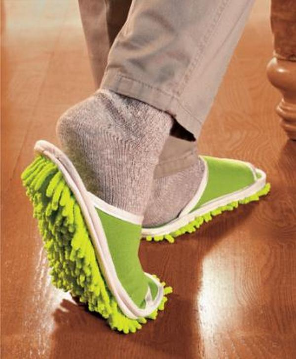 cool-slippers-for-all01 35 Weird & Funny Gifts for Women