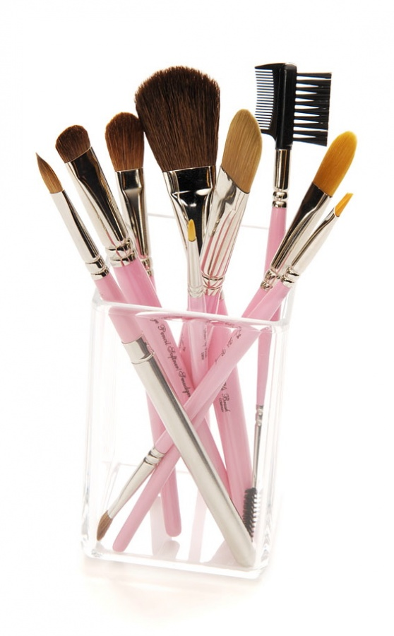 cosmetics1 48+ Best Christmas Gift Ideas for Your Wife