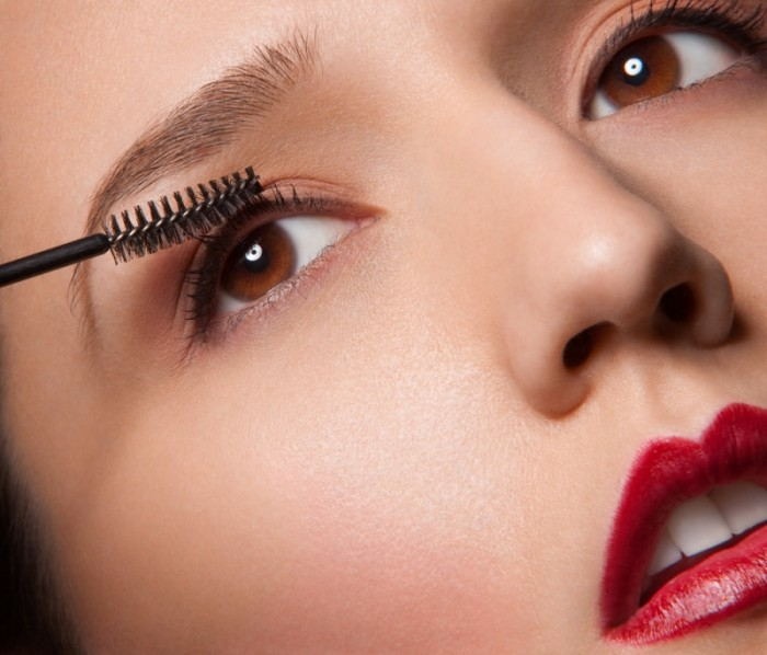 eye-makeup-tips Get a Magnificent & Catchy Eye Make-up Following These 6 Easy Steps