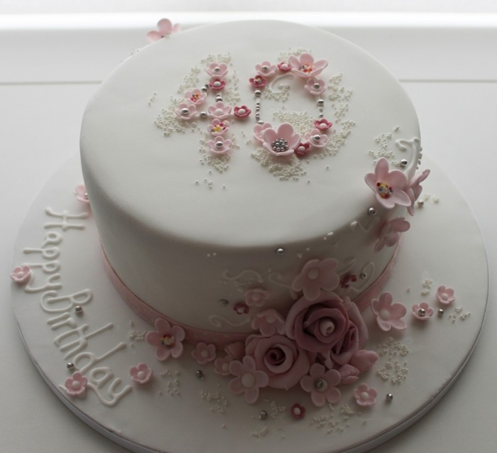 floral-40th-birthday-cake 60 Mouth-Watering & Stunning Happy Birthday Cakes for You