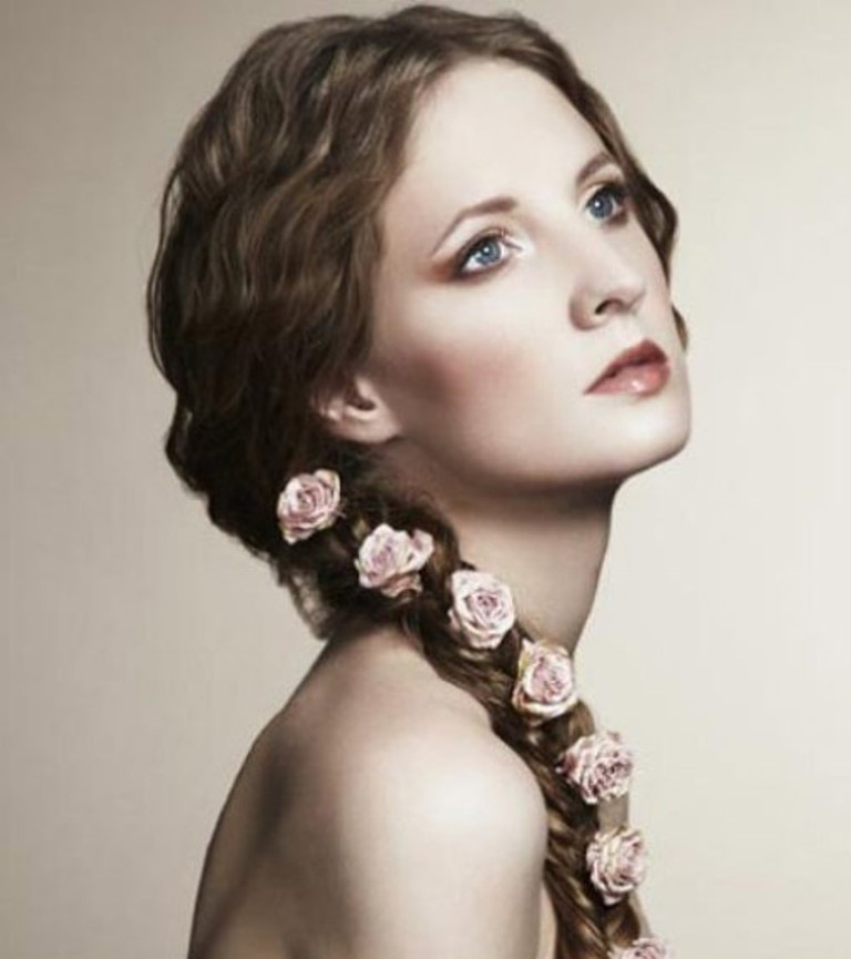 flower-hairstyles 50 Dazzling & Fabulous Bridal Hairstyles for Your Wedding
