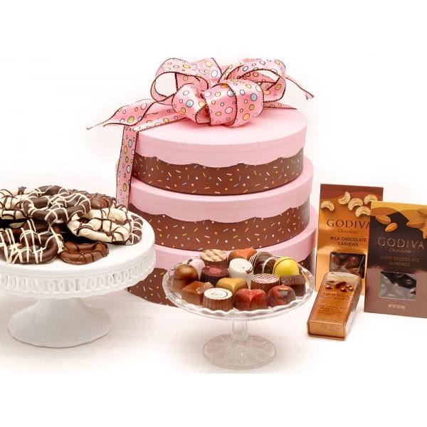 gift-cake-tower 10 Retirement Gift Ideas for Women