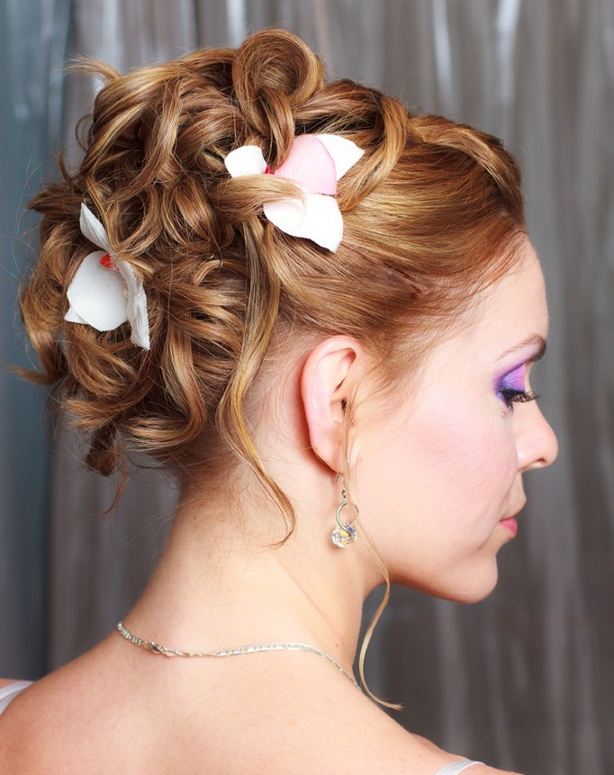 gorgeous-wedding-hair-style 50 Dazzling & Fabulous Bridal Hairstyles for Your Wedding