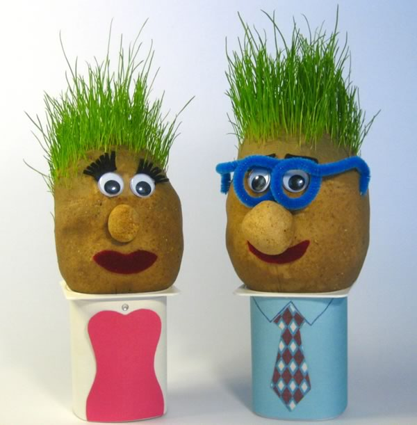 grass-heads-couple-600x611 10 Fabulous Homemade Gifts for Your Mom