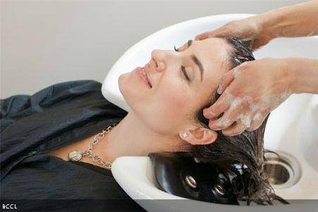 hair4 Learn how to prevent and treat your hair dandruff