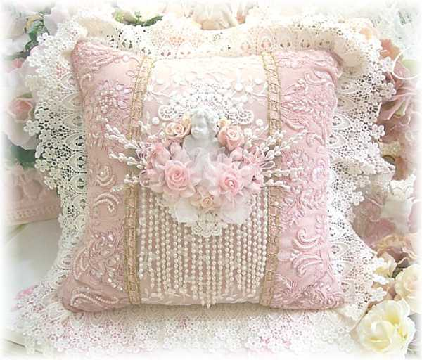 handmade-accessories-decor-ideas-vintage-style-10 10 Stunning & Fascinating Homemade Xmas Gifts