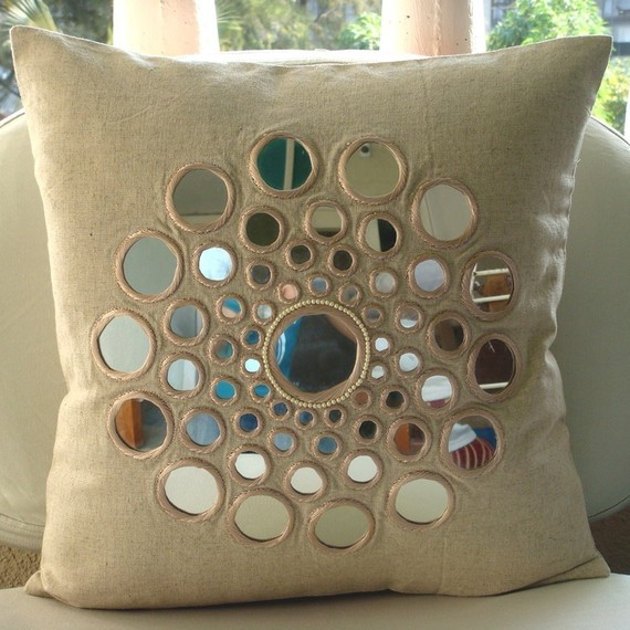 Decorative Pillows Homemade : 10 Fabulous Homemade Gifts for Your Mom Pouted Online Magazine ? Latest Design Trends ...