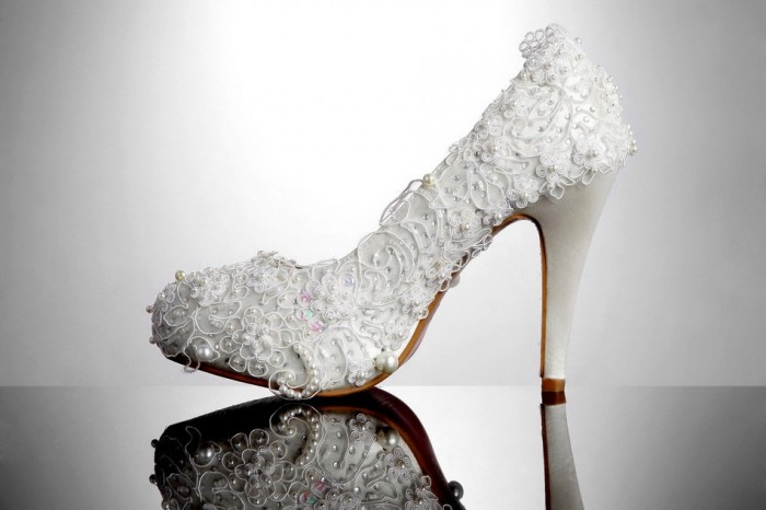 il_fullxfull.451907413_bbhu A Breathtaking Collection of White Bridal Shoes for Your Wedding Day