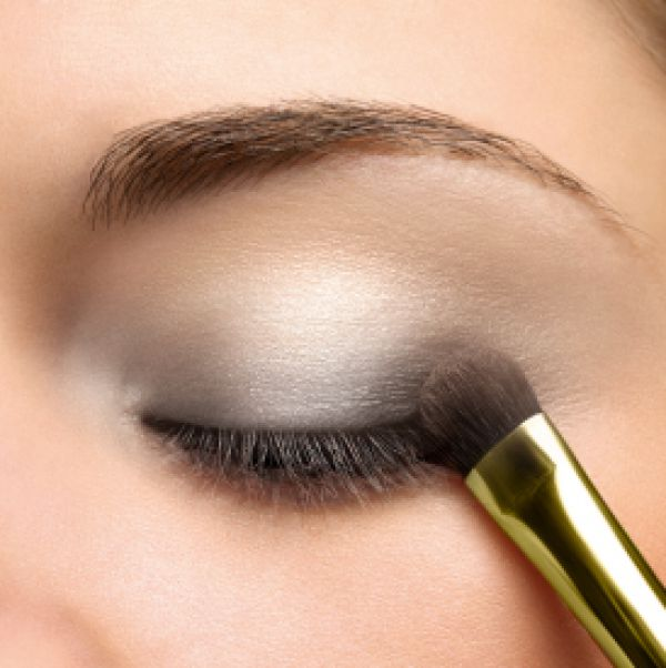 natural-eye-makeup-photos1 Get a Magnificent & Catchy Eye Make-up Following These 6 Easy Steps