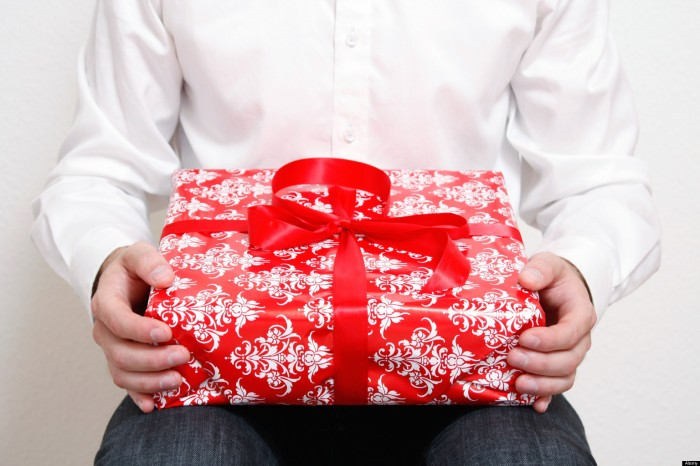 o-GIFTS-FOR-WIFE-facebook 48+ Best Christmas Gift Ideas for Your Wife