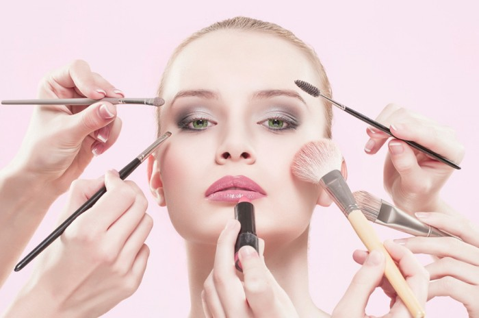 orig Follow These 5 Easy Steps to Apply Foundation and Powder on Your Own