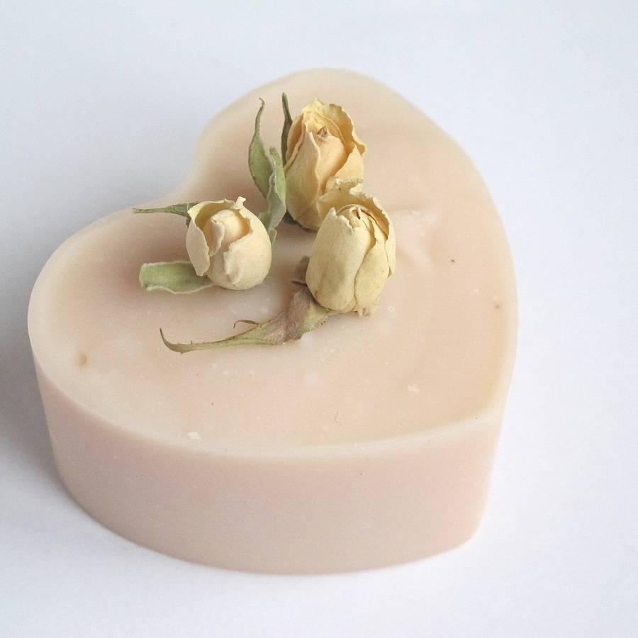 original_rosebud-heart-handmade-soap 10 Stunning & Fascinating Homemade Xmas Gifts