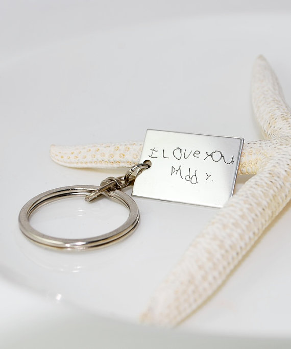 personalized-keychain-for-dad-coolmompicks_zpsb7974aa9 10 Fabulous Homemade Gifts for Your Mom