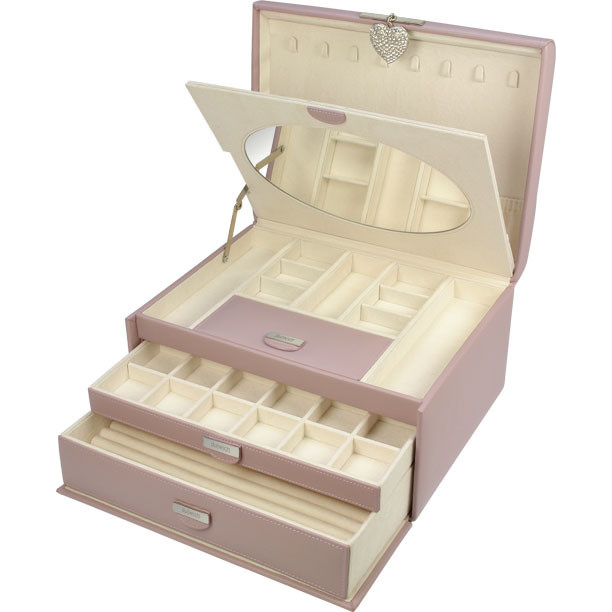 pink-jewellery-box 10 catchy & Unique Gift Ideas for Your Mother-in-Law