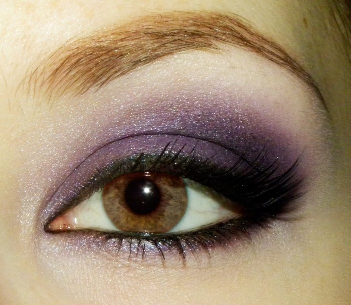 purple-open-3-edit Get a Magnificent & Catchy Eye Make-up Following These 6 Easy Steps