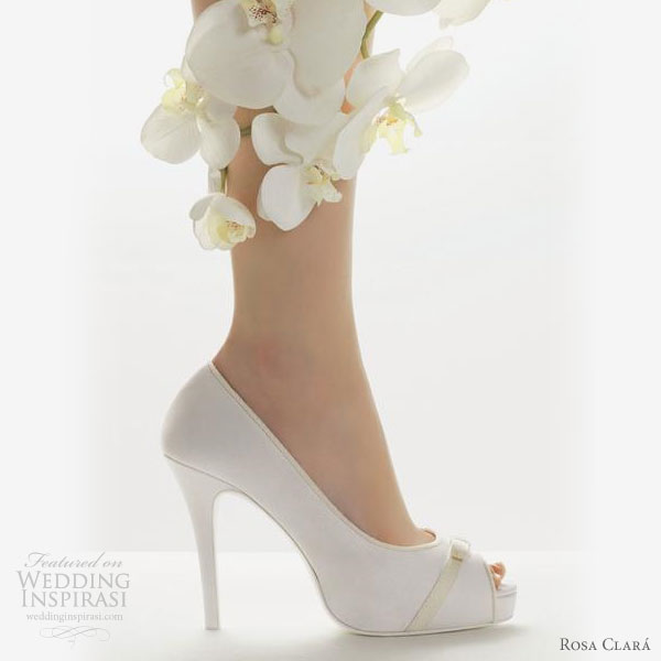 rosa-clara-wedding-shoes-2011-zapatos-novia A Breathtaking Collection of White Bridal Shoes for Your Wedding Day
