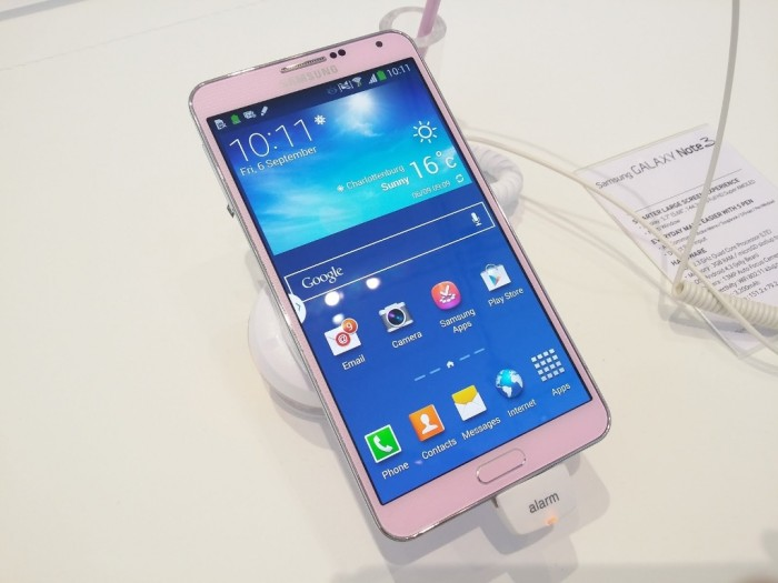 samsung-galaxy-note-3-hands-on-1 Samsung Releases Its Samsung Galaxy Note 3 to Be Lighter & Thinner