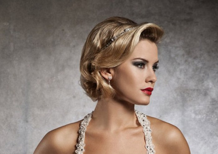 short-wedding-hairstyles-of-2012 50 Dazzling & Fabulous Bridal Hairstyles for Your Wedding