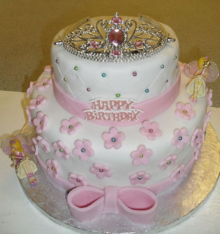 sophies-birthday-cake 60 Mouth-Watering & Stunning Happy Birthday Cakes for You