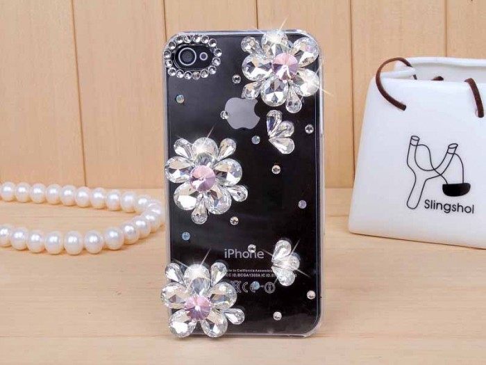 wholesale-iphone4s-5-phone-shell-mobile-phone-sets-apple 50 Fascinating & Luxury Diamond Mobile Covers for Your Mobile