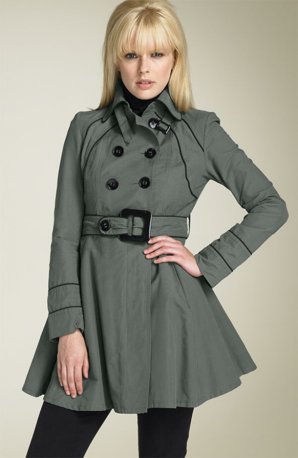 winter-coats-for-women-8 48+ Best Christmas Gift Ideas for Your Wife