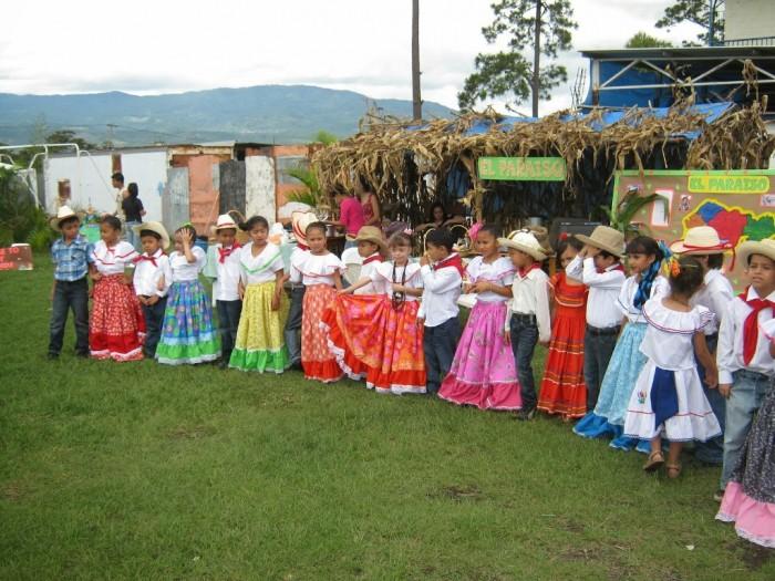 03-IMG_1148 Believe It or Not! It Is Raining Fish in Honduras Instead of Water Drops