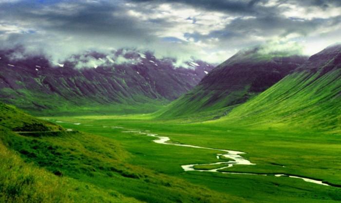1iceland Adventure Travel Destinations to Enjoy an Unforgettable Holiday