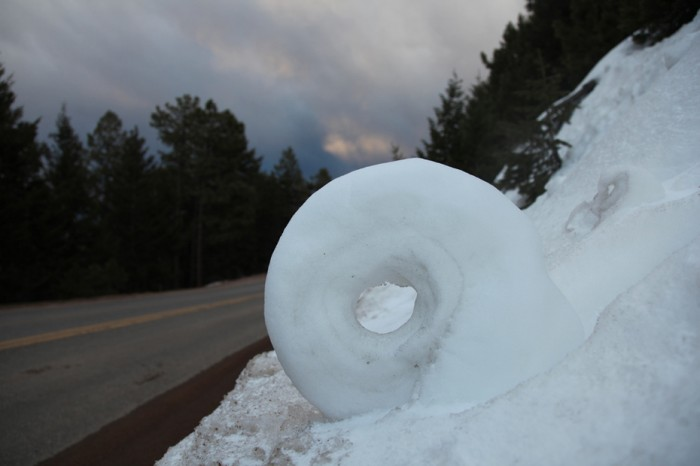 20100826-natphenom5 Stunning Snow Rollers that Are Naturally & Rarely Formed