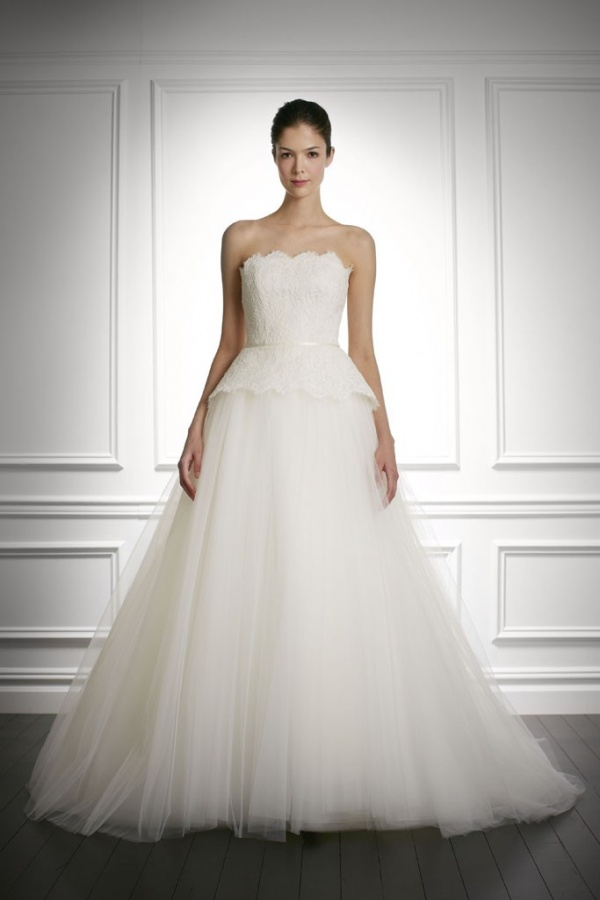2013-2014-Bridal-Dresses-by-Carolina-Herrera-10 47+ Creative Wedding Ideas to Look Gorgeous & Catchy on Your Wedding