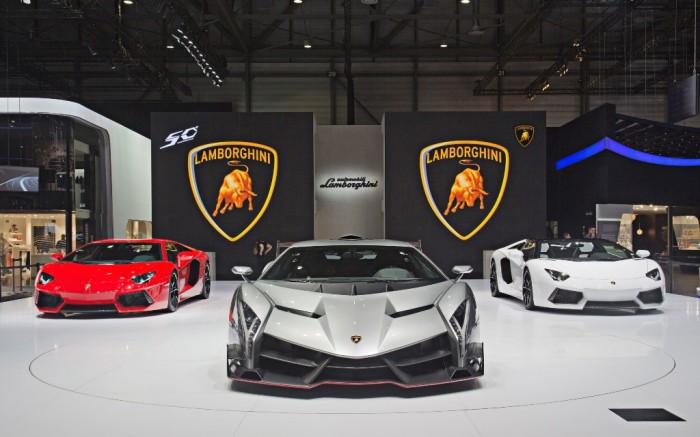 2013_lamborghini_veneno_geneva_motor_show-wide Lamborghini Veneno Allows You to Enjoy Driving At a High Speed