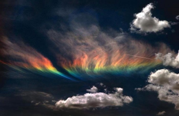 225095_532870930091426_1950157562_n Weird Fire Rainbows that Appear in the Sky, Have You Ever Seen Them?