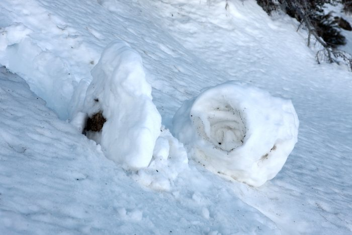 28mar11-2226 Stunning Snow Rollers that Are Naturally & Rarely Formed