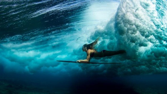 7223025f-f651-4231-83c9-97dcc875fe1b_650x366 70 Stunning & Thrilling Photos for the Biggest Waves Ever Surfed