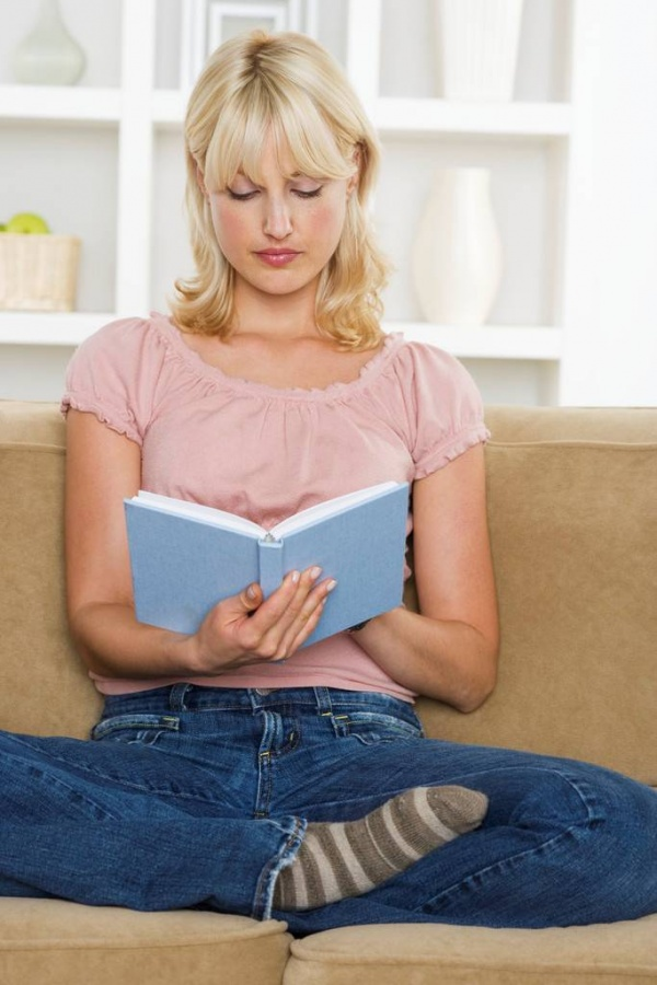 AdultReading Top 10 Ways to Relax if You Are a College Freshman