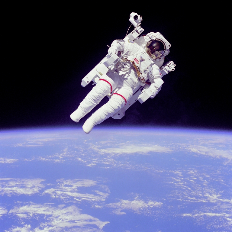 Astronaut-EVA Space Tourism Starts Soon at Affordable Prices through Balloon Trips