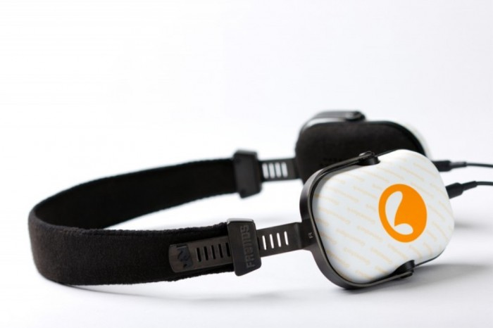 Auriculares-Grooveshark-800x533 Enjoy Listening to Millions of Free Online Songs with Grooveshark
