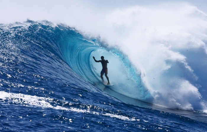 Australian-Sufring 70 Stunning & Thrilling Photos for the Biggest Waves Ever Surfed