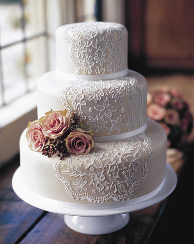 Beautiful-wedding-cakes-2013-2014 47+ Creative Wedding Ideas to Look Gorgeous & Catchy on Your Wedding