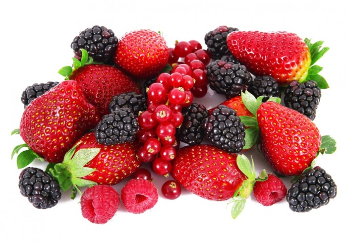 Berries01 Do You Want to Lose Weight? Eat These 25 Superfoods