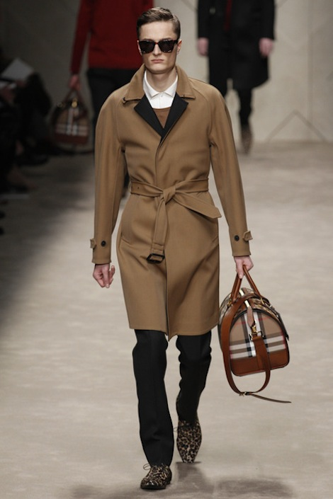 Burberry-Prosum-Men-Fashion-Week-Fall-Winter-2013-2014-Milan-Fashion-Week-Mens-Wear..JPG 2017 Winter Fashion Trends for Men to Look Fashionable & Handsome ... [UPDATED]