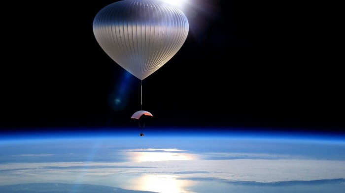 Capsule-Balloon-Space_131112 Space Tourism Starts Soon at Affordable Prices through Balloon Trips