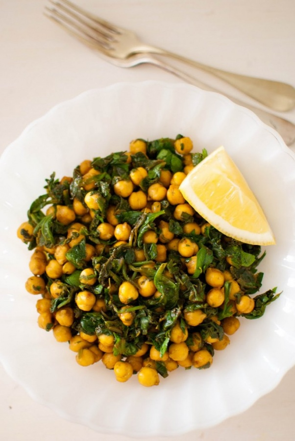 Chickpeas-3 Do You Want to Lose Weight? Eat These 25 Superfoods