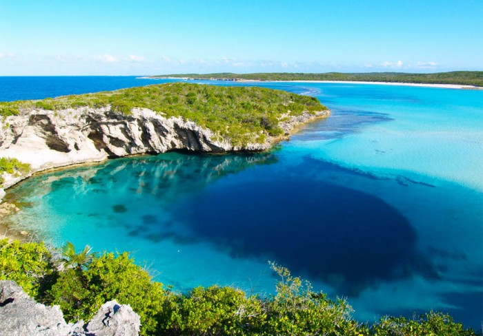 Deans-Blue-Hole-Bahamas Weird Blue Holes That Are Magnets for Divers Around the World