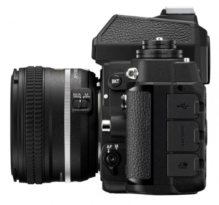 Df_BK_50_1.8_SE_left.high_ Nikon Df Camera As an Exceptional Combination Between the Classic Shape & Advanced Performance