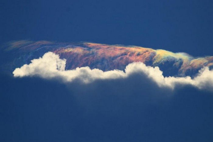 Fire-Rainbow-6. Weird Fire Rainbows that Appear in the Sky, Have You Ever Seen Them?